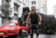 《速度与激情8》曝新片场照 佳作明年上映